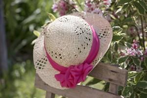 hat-825338_1920
