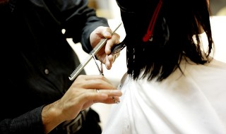 男性美容師の本音(1)美人とブスで通す席や扱いが違う?有名なうわさに答えてもらったよ【KUGAHARA】