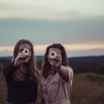 かぶっちゃった💦友達と同じ人を好きになったときの対処法4選
